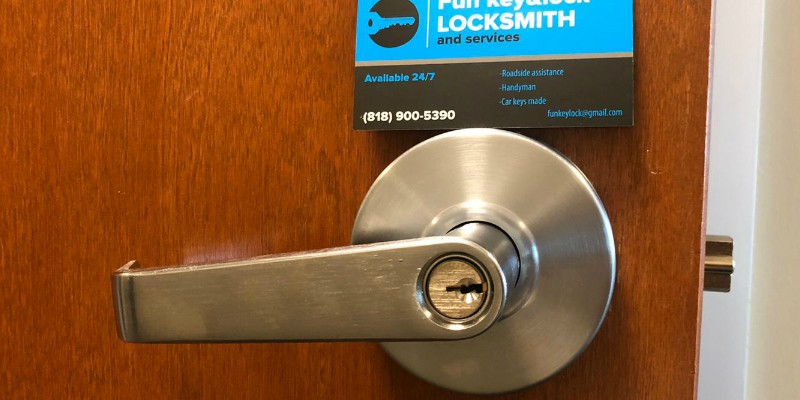 Lock Installation Los Angeles, Fun Locksmith
